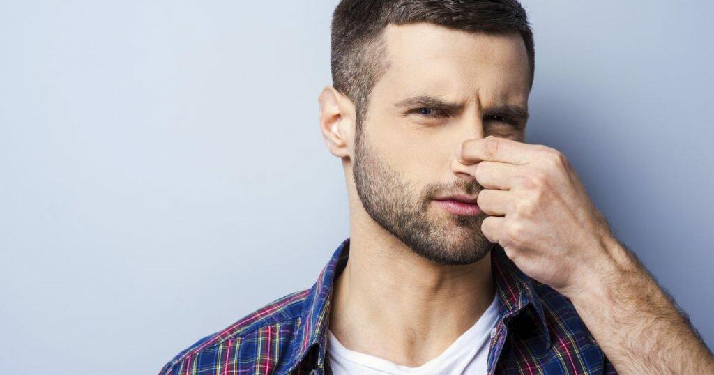 Причины появления запаха от члена