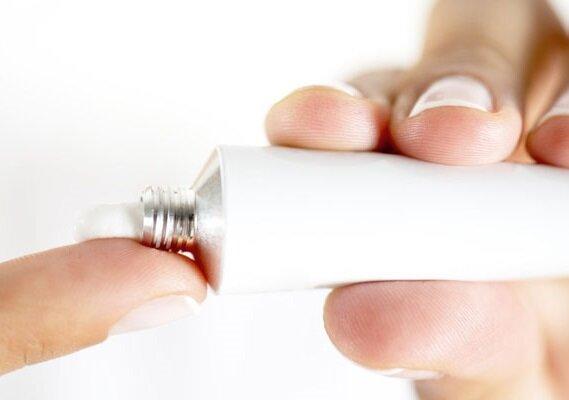 Как использовать мазь Индометацин